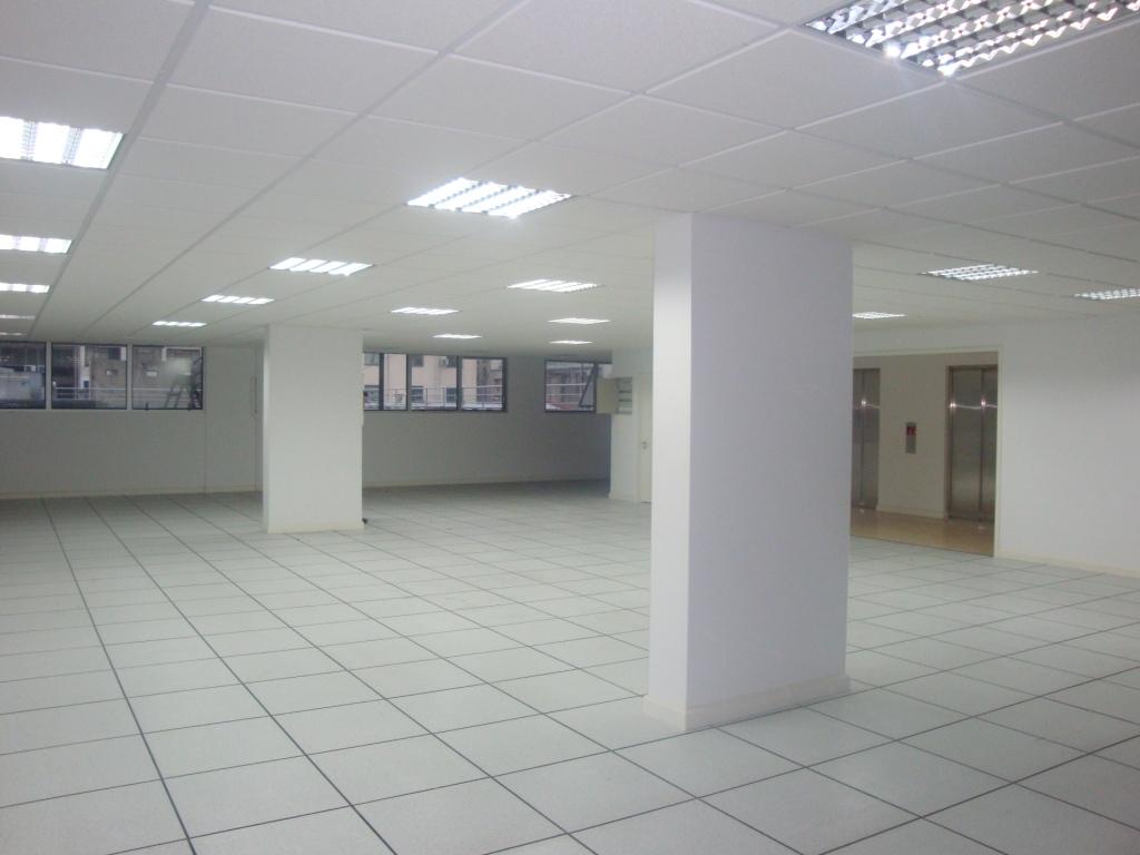 Oficina vacia1 servicios informaticos am servicios for Servicios de oficina